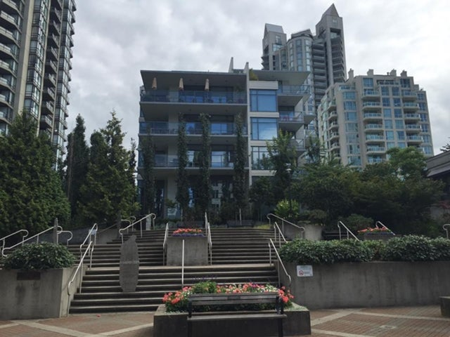 Capstone   --   135 2ND ST - North Vancouver/Lower Lonsdale #14